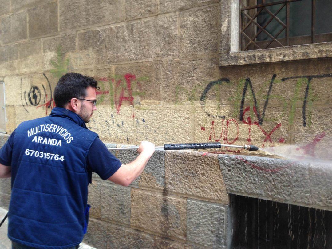 Limpieza de Fachadas y Graffitis